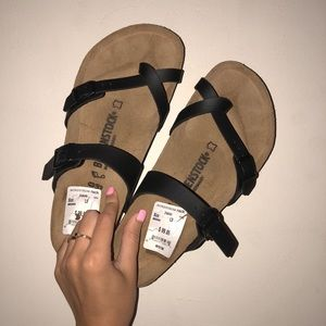 BRAND NEW Birkenstocks MULTIPLE SIZES